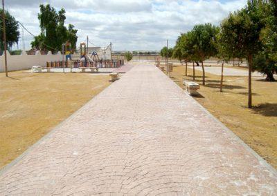 Ejecución parque infantil polideportivo municipal de Lora del Rio (Sevilla)